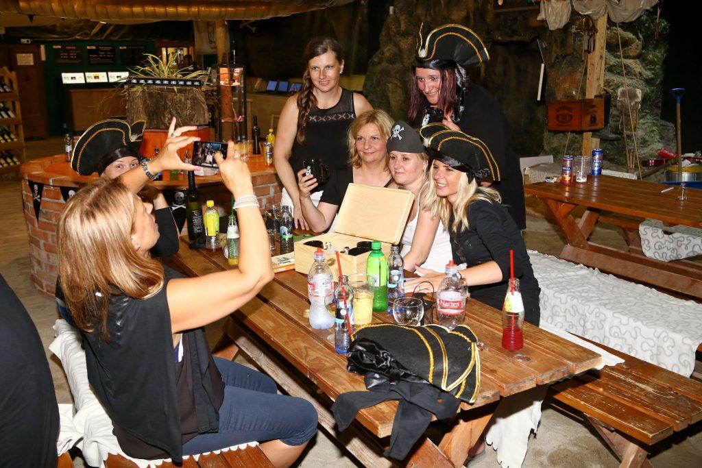 Pirátský večírek Setos v TEPfactoru